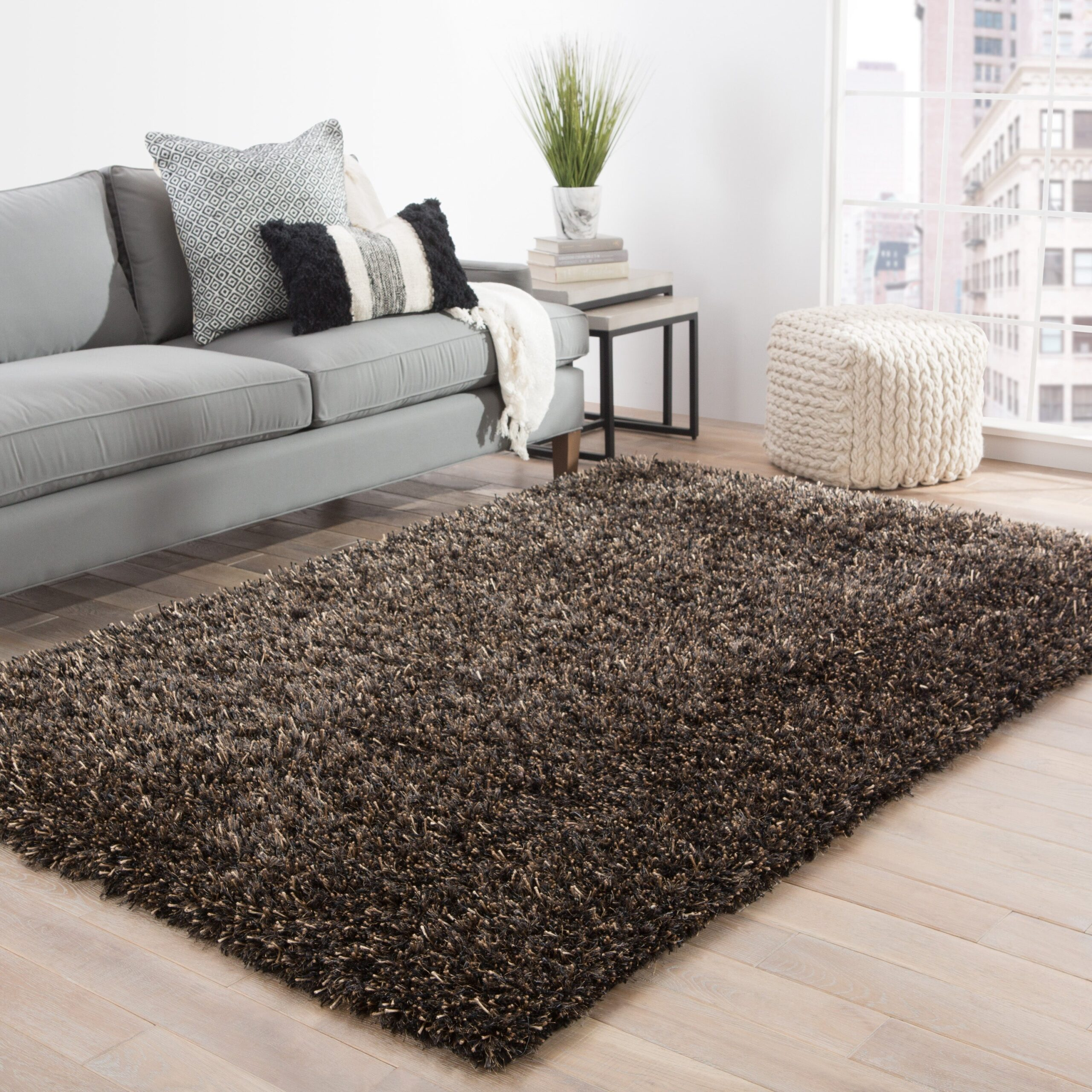 Uses of Shaggy Rugs in the Home