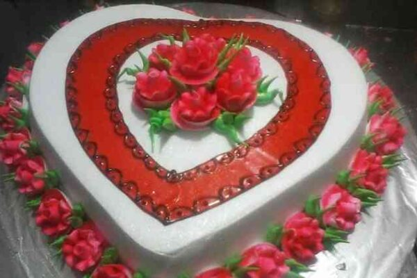 Range of cakes send anywhere to make a day of loved ones