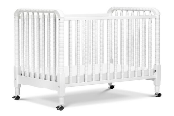 How a DaVinci Changing Table Could Improve Your Nursery
