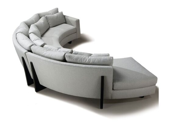 How Your Home Could Benefit From a Thayer Coggin Sectional